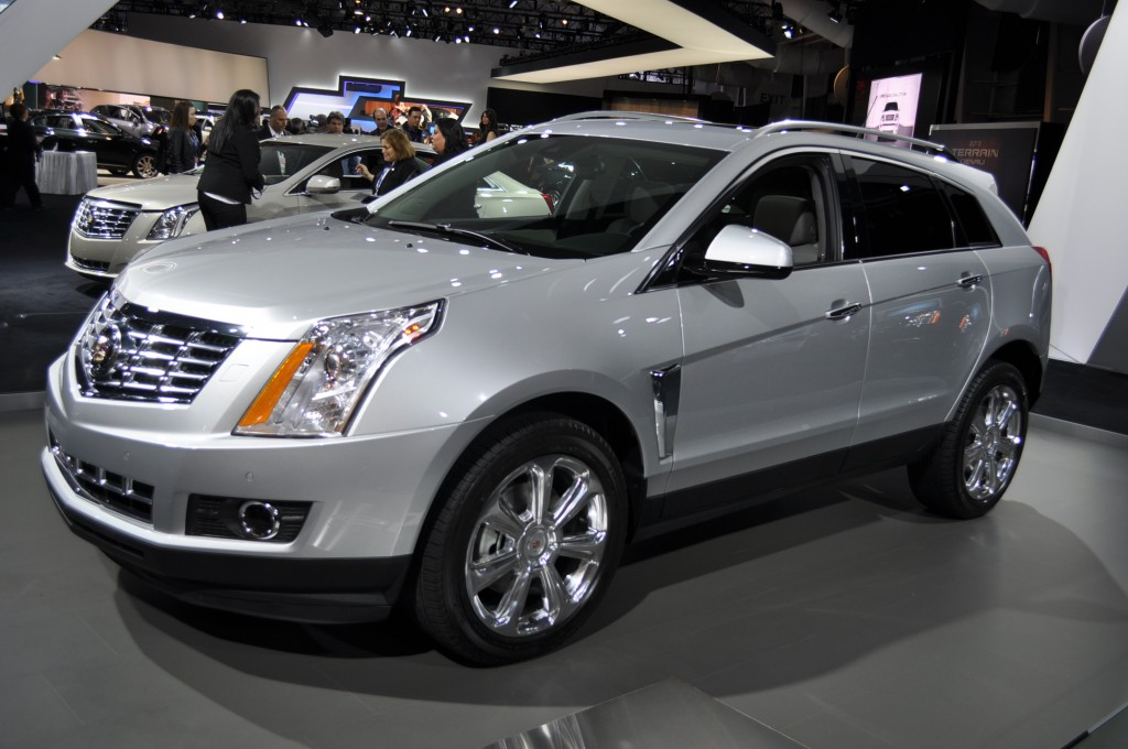 2013 cadillac srx 2012 nyias the checkered flag. Black Bedroom Furniture Sets. Home Design Ideas