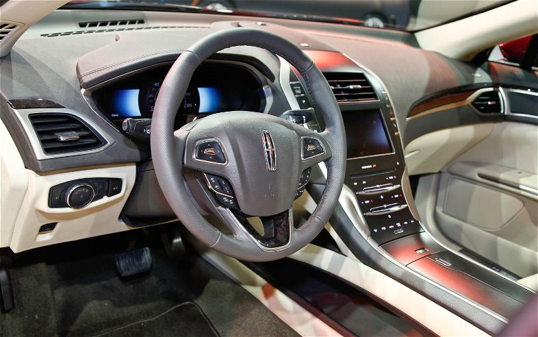 2013 Lincoln MKZ Ford Fusions Larger Cousin The