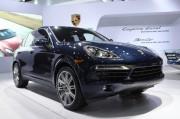 2013-porsche-cayenne-diesel-2012-new-york-auto-show_100387673_l