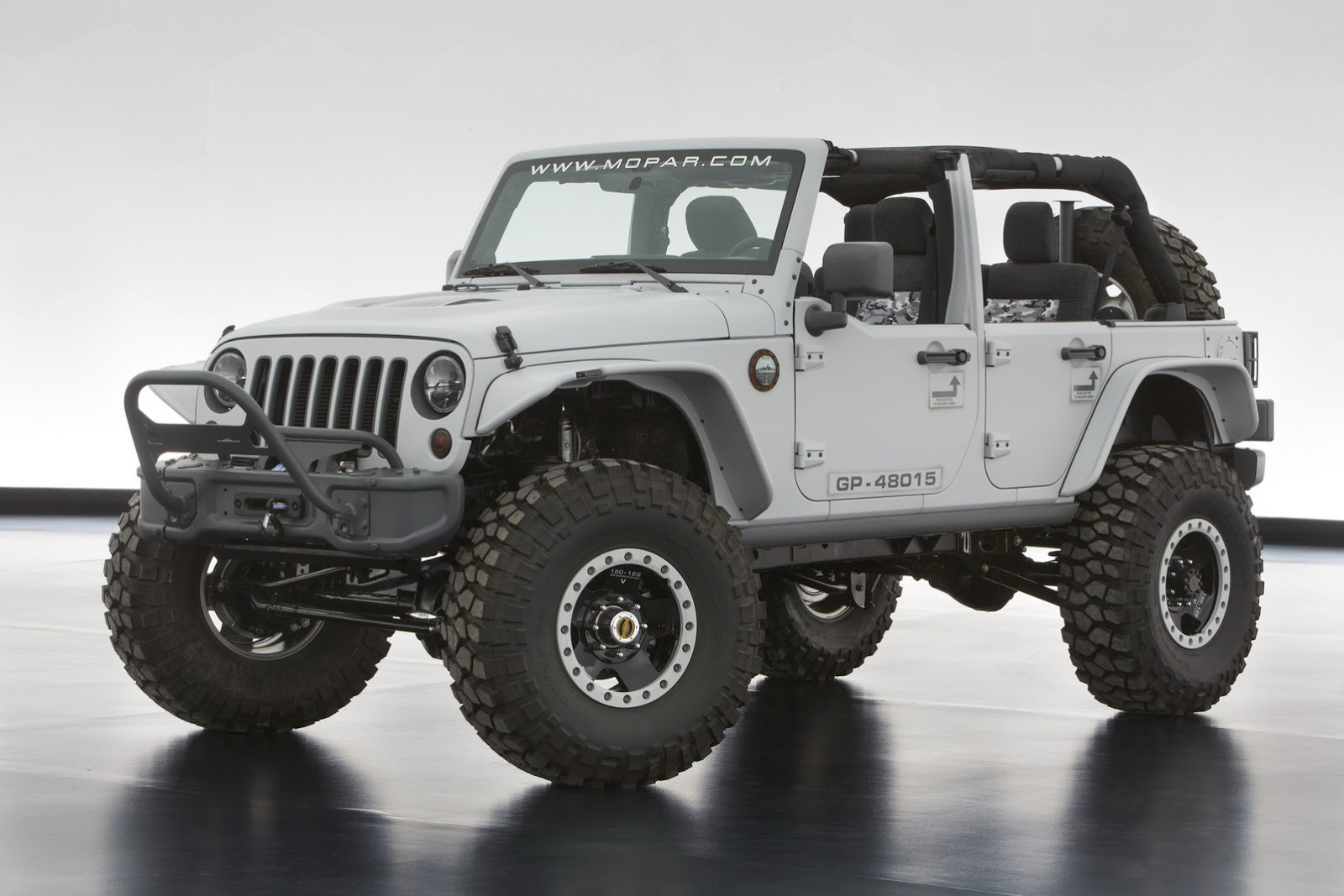 2014 Jeep Err 6 New Models Nyias Preview The Checkered Flag
