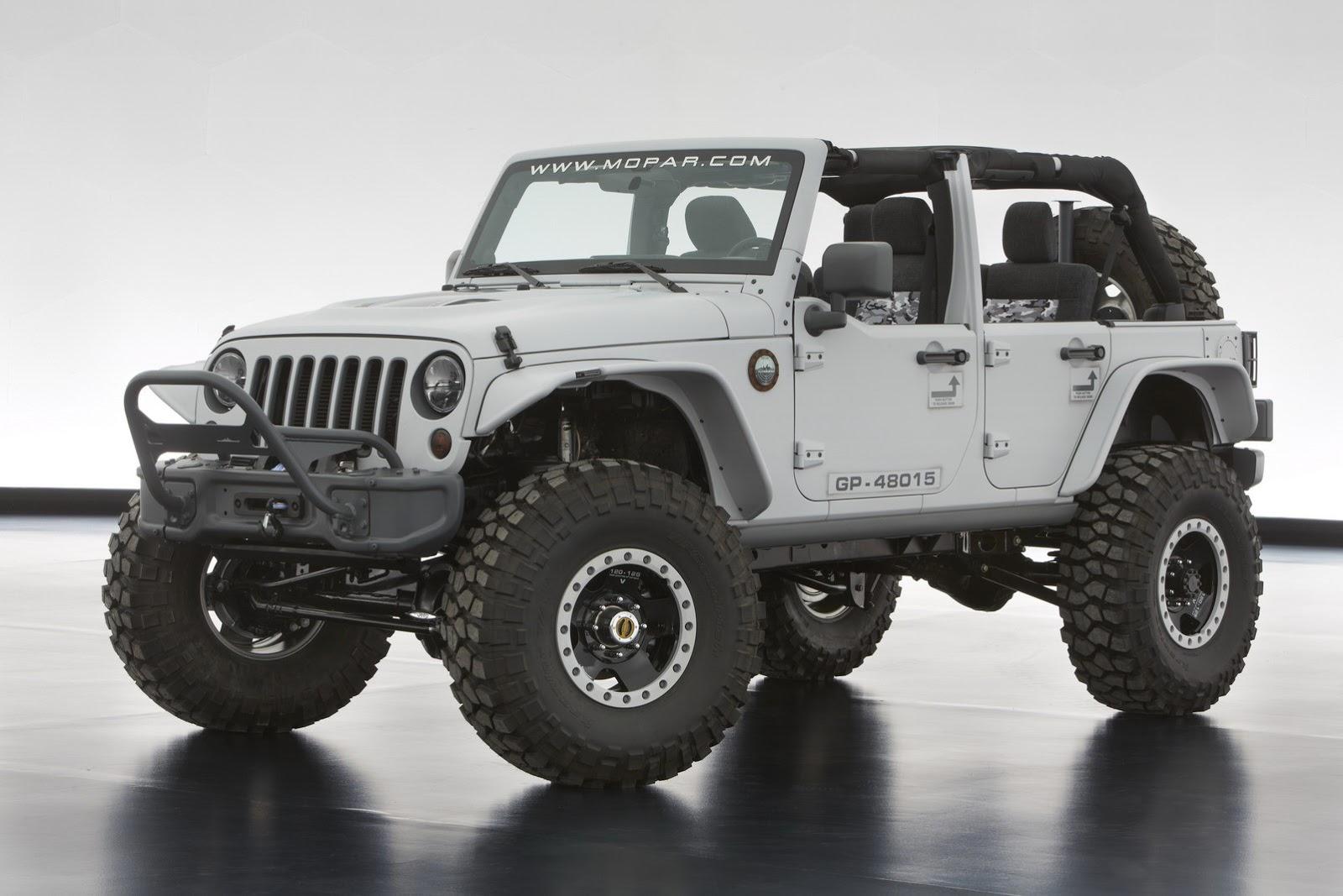 The Jeep Wrangler Mopar Recon features a gray exterior and a little
