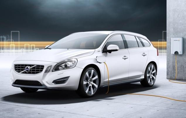 Volvo-V60-Plug-in-Hybrid-1